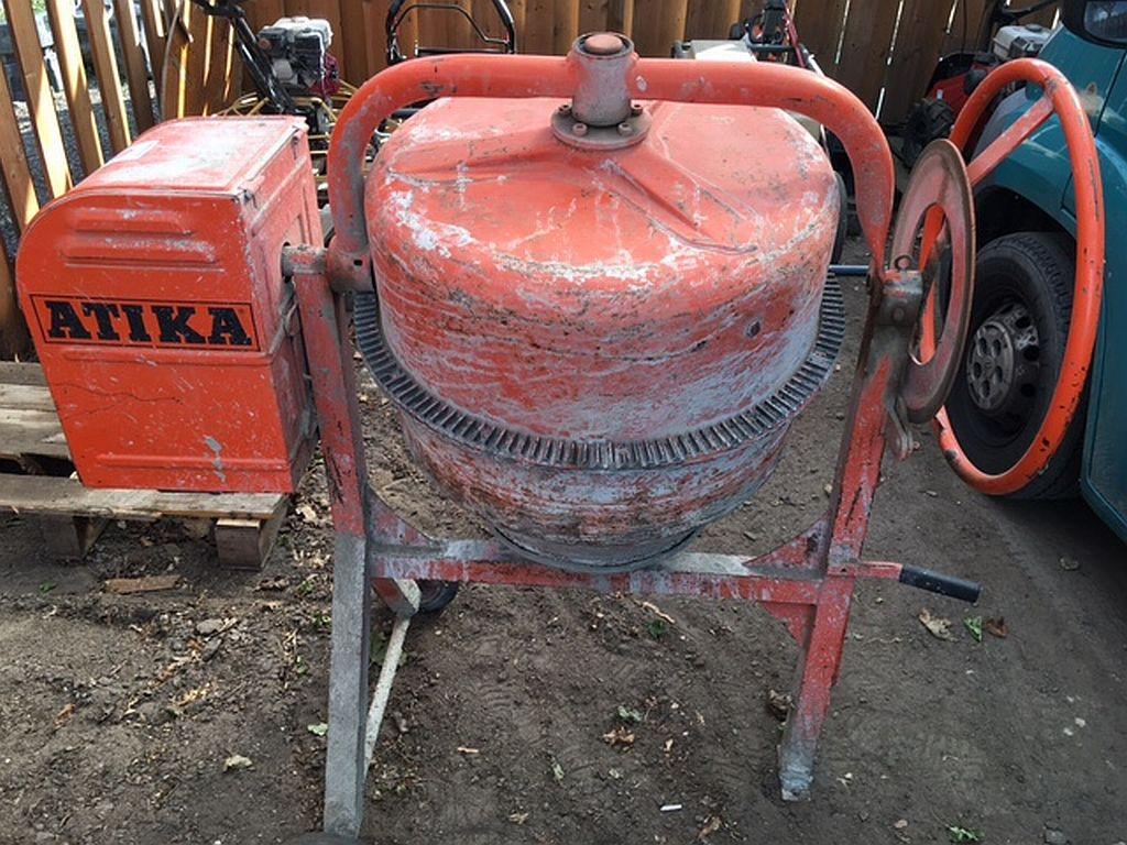 /vermietung/beton-mischmaschine